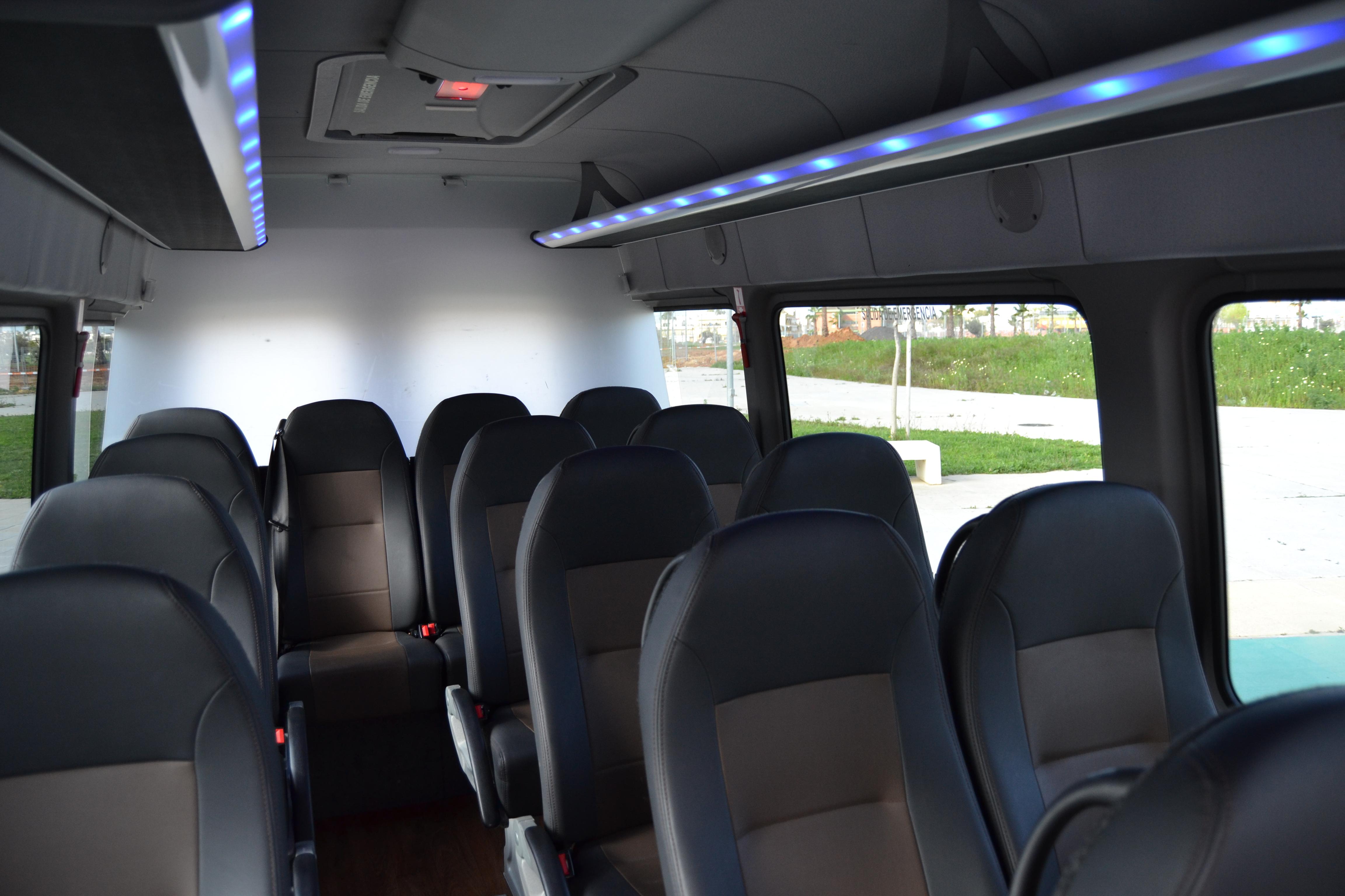 Minivans-16