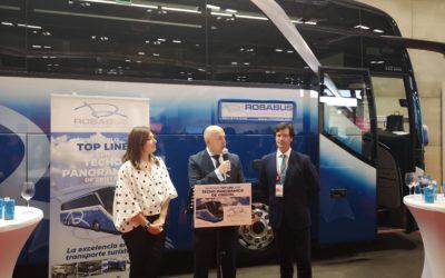 Presentación oficial en FITUR del exclusivo vehículo 'Top Line con techo Panorámico de Cristal'