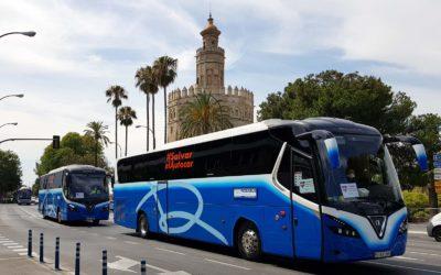 Éxito de la manifestación para exigir ayudas al sector del transporte discrecional y turístico de viajeros